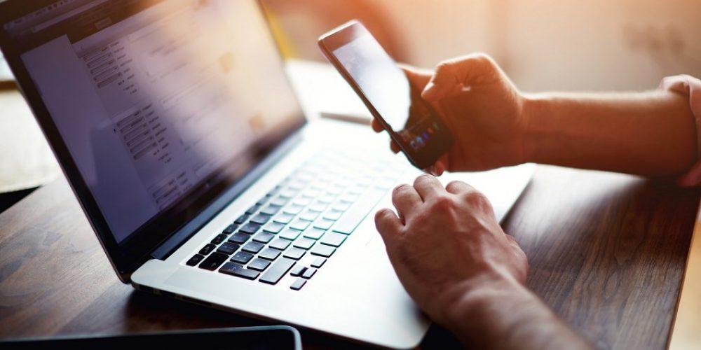 Jak tráví Češi čas na internetu