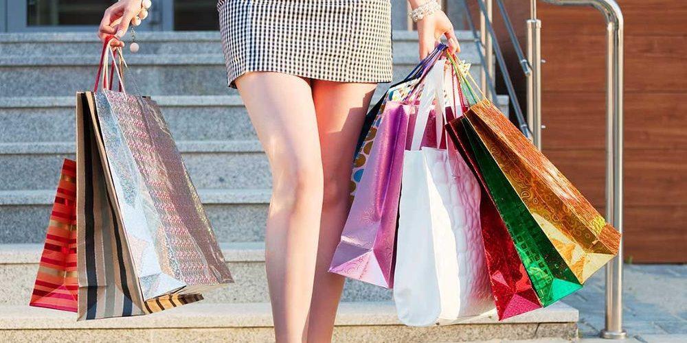 Lidé nakupují, podnikatelé jsou spokojeni
